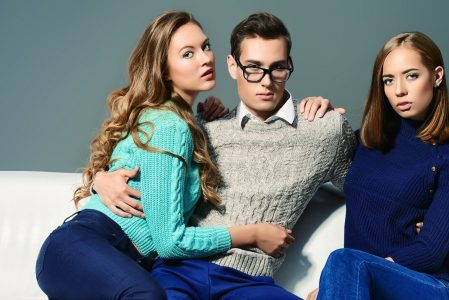 3 threesome dating rules for couple looking for men
